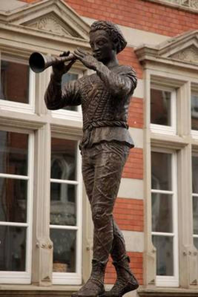 Pied Piper of Hamelin Statue in Germany Journal