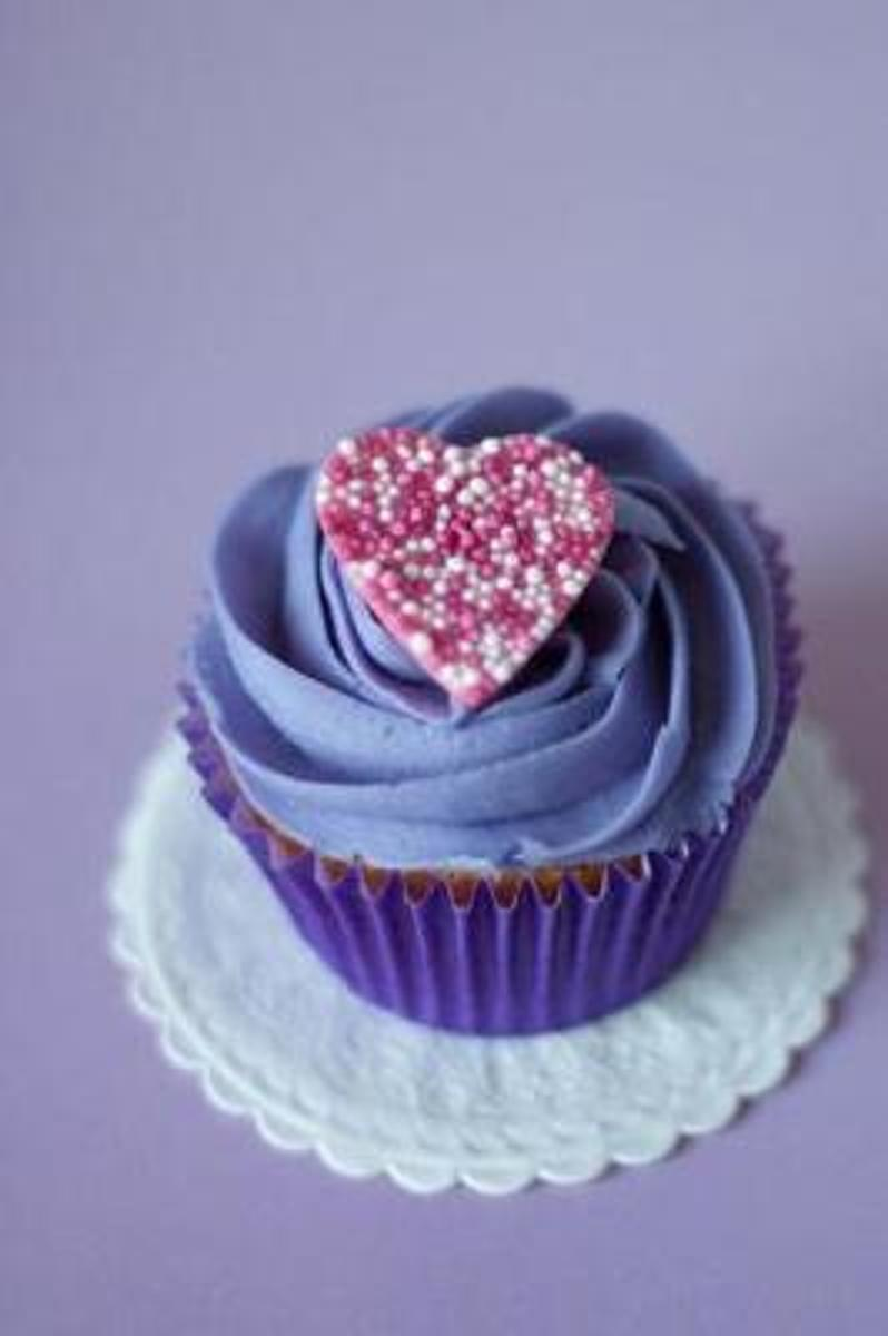 Pretty Purple Cupcake with a Pink Heart Sweet Treat Baking Journal