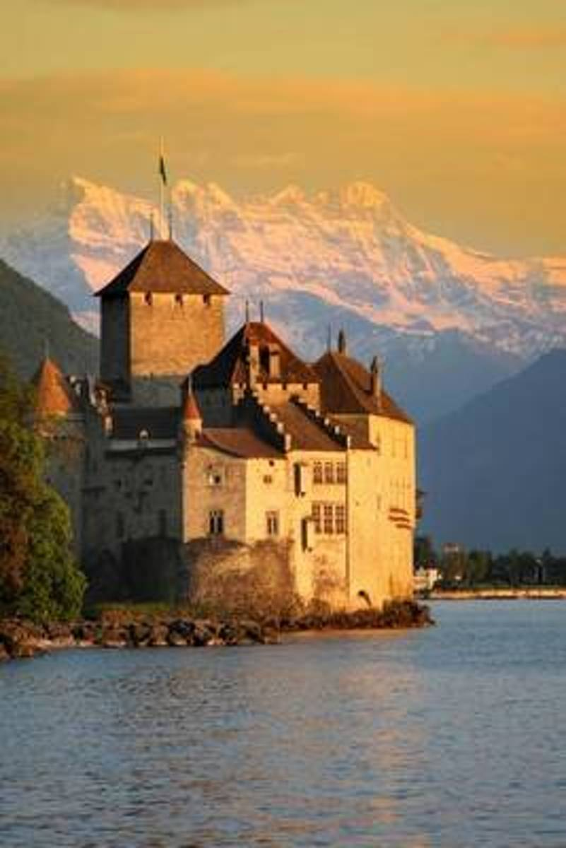 Chillon Castle in Montreaux (Vaud) Switzerland Journal